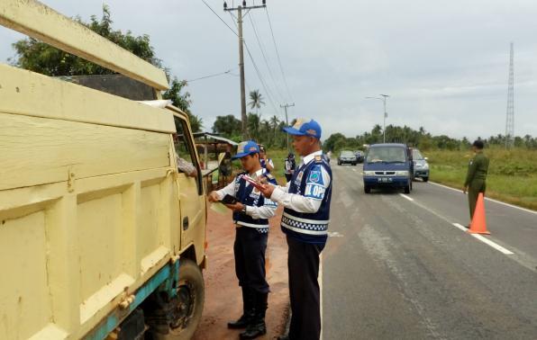 Pemeriksaan Surat-Surat Angkutan Barang