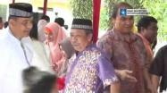 Embedded thumbnail for Gubernur Rustam Effendi Apresiasi Toleransi Masyarakat Saat Idul Fitri