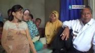 Embedded thumbnail for Gubernur Rustam Effendi Kunjungi Warga Penderita Kanker
